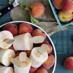 bourbon-peaches-and-cream-cocktail-popsicle